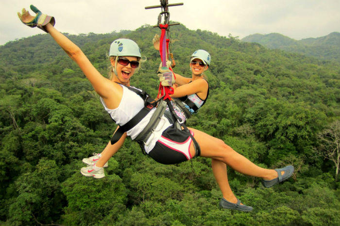 Costa Rica zip-lining