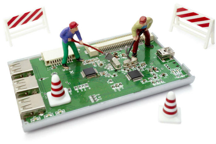 Refurbishing electronic item